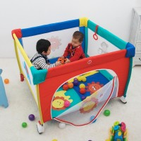 FOLDABLE PLAY PEN